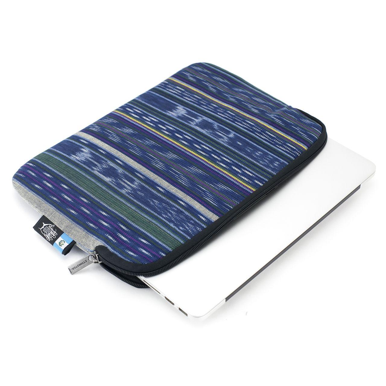Kumba Laptop Sleeve 15 Guatemala 9